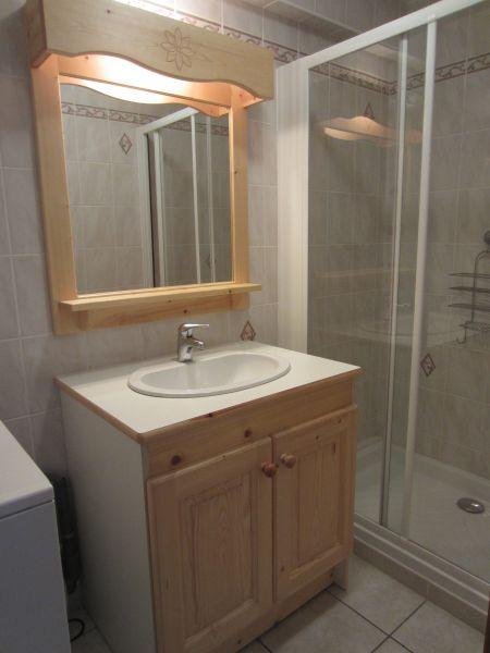 salle de bain Location Appartement 109926 Val Cenis