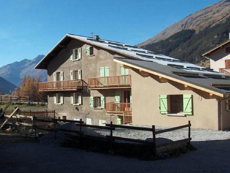 Vue extérieure de la location Location Appartement 109926 Val Cenis