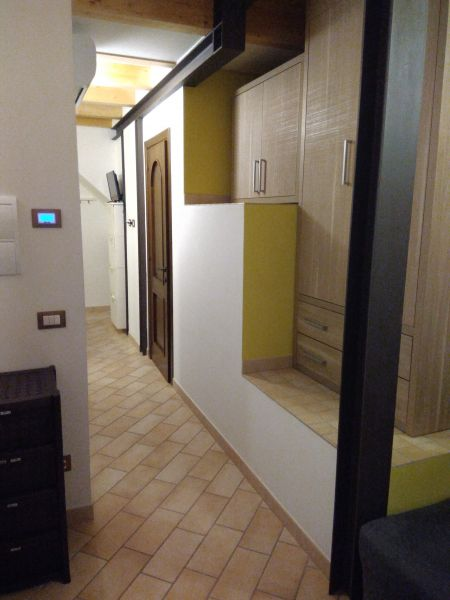 Couloir Location Appartement 110930 Sirolo