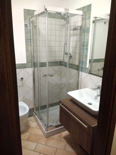 salle de bain Location Appartement 110930 Sirolo