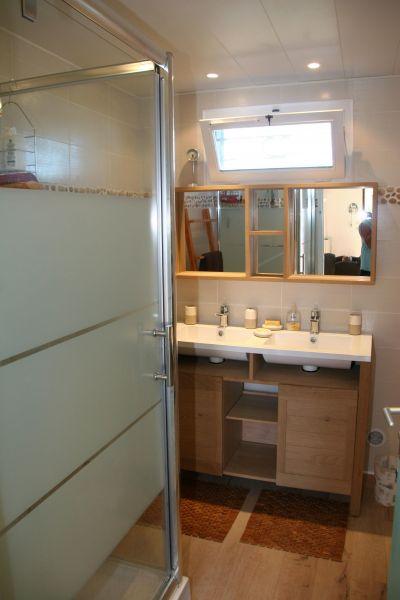 salle de bain Location Villa 116530 Frontignan