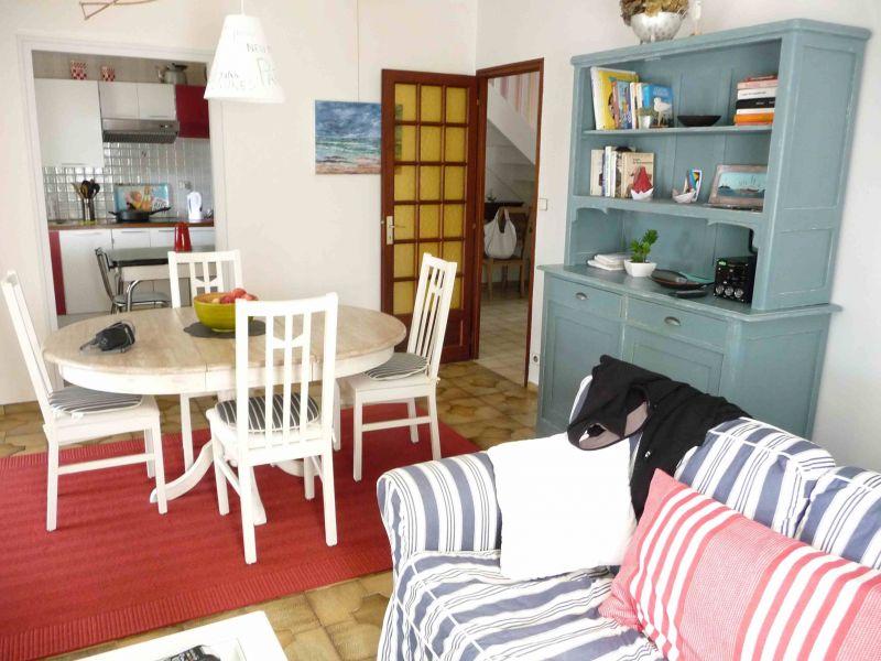 Salle à manger Location Villa 119412 Trégastel