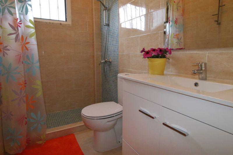 salle de bain Location Villa 64362 Lisbonne