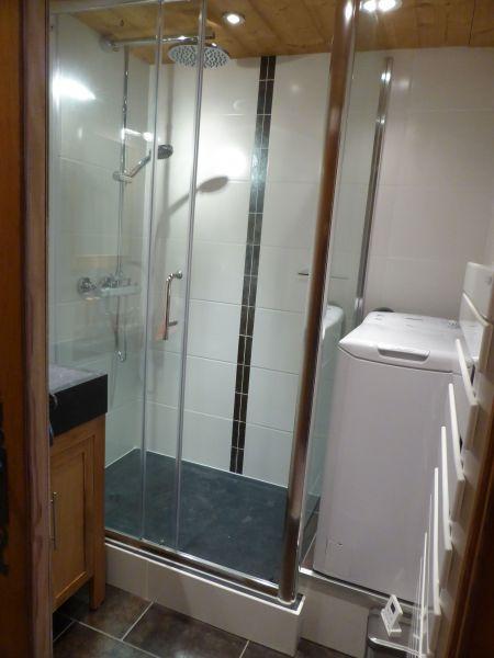 salle de bain Location Appartement 66847 Chamonix Mont-Blanc