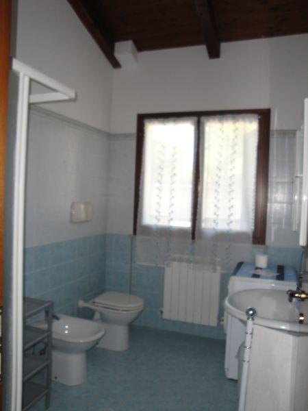 salle de bain Location Appartement 67543 Pesaro