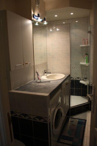 salle de bain Location Appartement 72096 Sainte Maxime