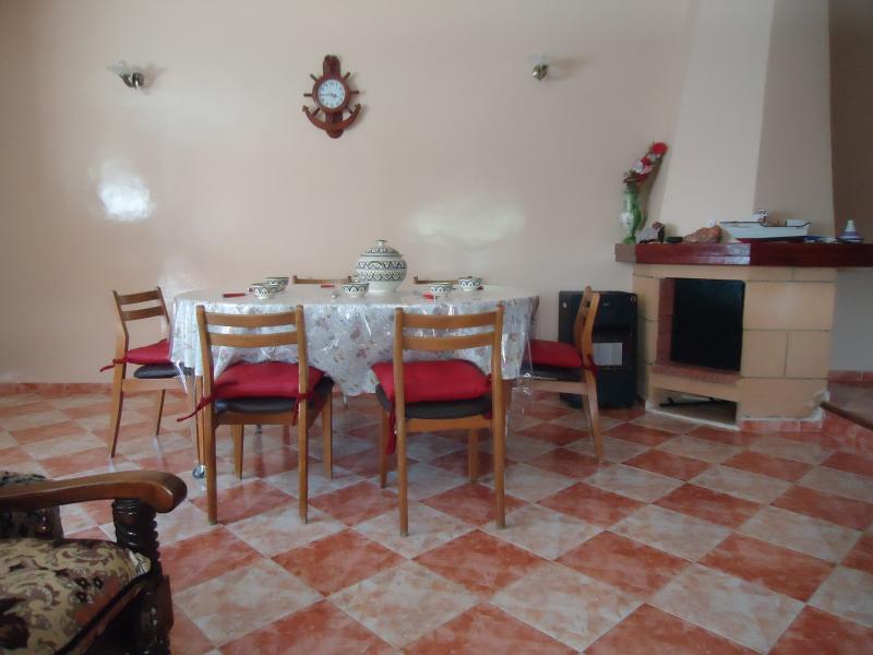 Salle à manger Location Villa 73250 Mohammedia