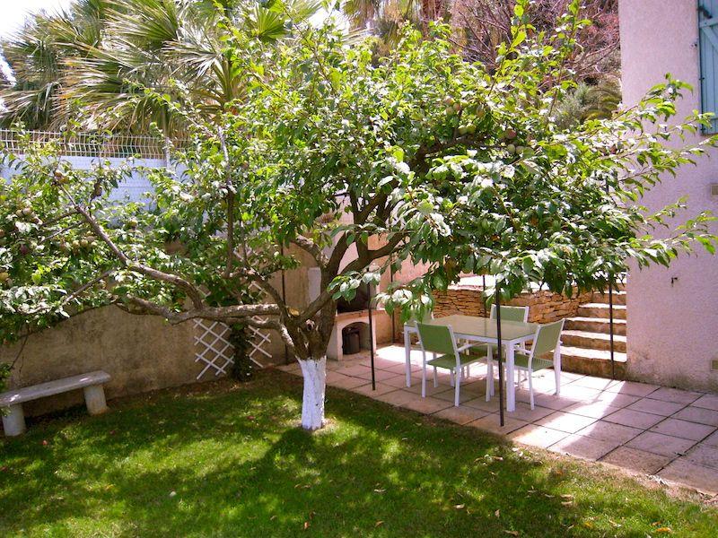 Cuisine d'été Location Appartement 78331 Saint Cyr sur Mer