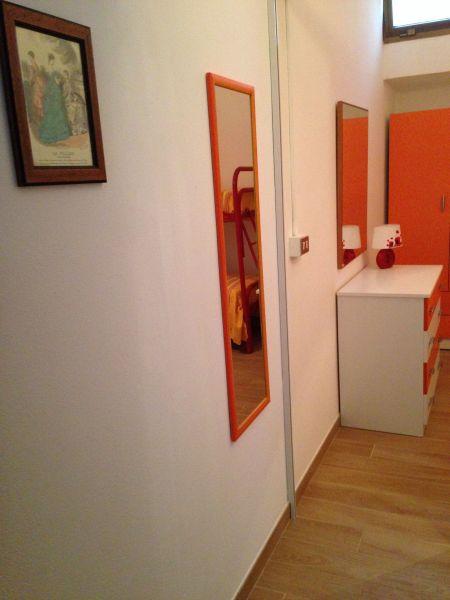 Couloir Location Appartement 83807 Torre Pali