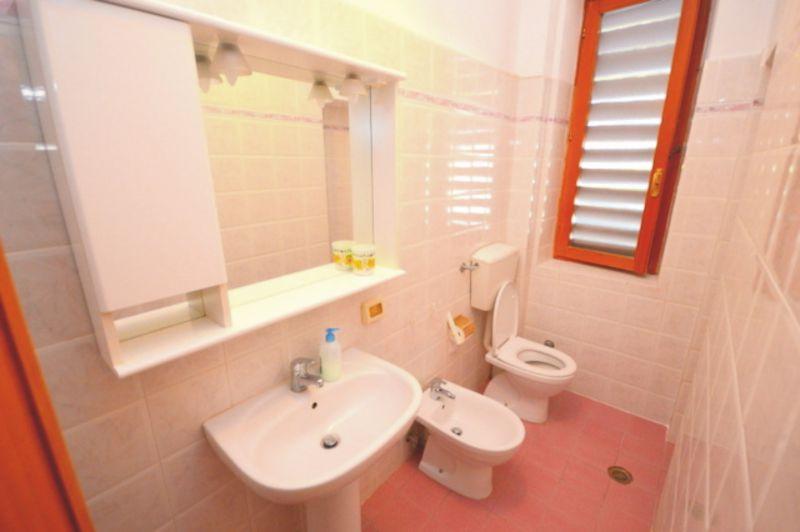 salle de bain Location Appartement 93401 Castiglioncello